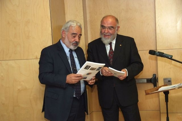 081114_magister_honoris_causa_jaume_pages_5.JPG