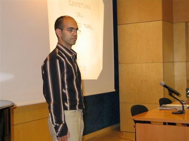 060503_conferencia_munoz_0.jpg