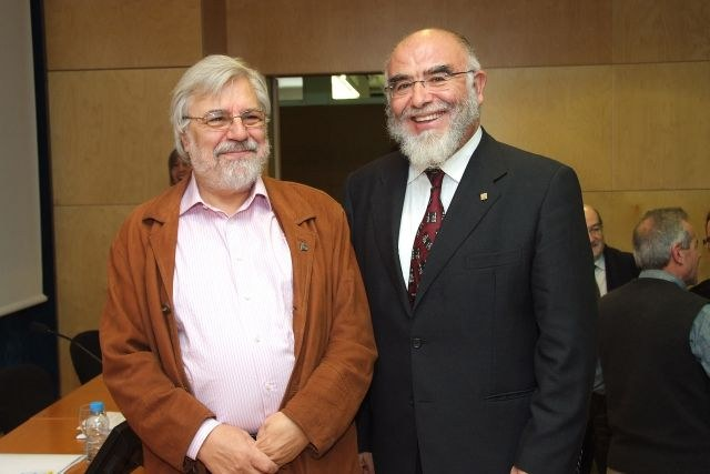 081114_magister_honoris_causa_jaume_pages_13.JPG