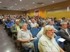 Públic assistent a la sala d'actes de l'FME