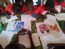Exposició de fotos i dibuixos del Senegal al vestíbul de l'FME