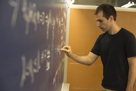 Joaquim Serra, matemàtic FME-CFIS, guardonat amb un dels prestigiosos premis de l'European Mathematical Society (EMS)