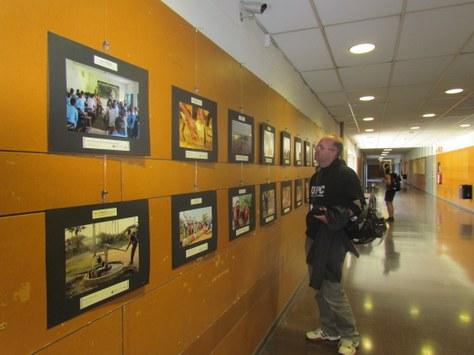 """L'exposició """"Imatges del Sud"""" del CCD arriba a la Facultat"""